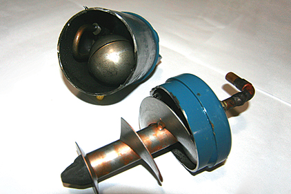 helical oil separator