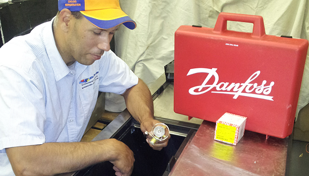 Eric Dorris shows the Danfoss Maximizer