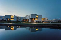 Great River Medical Center