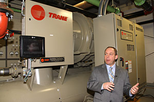 Charlie Holt describes new Trane centrifugal chiller