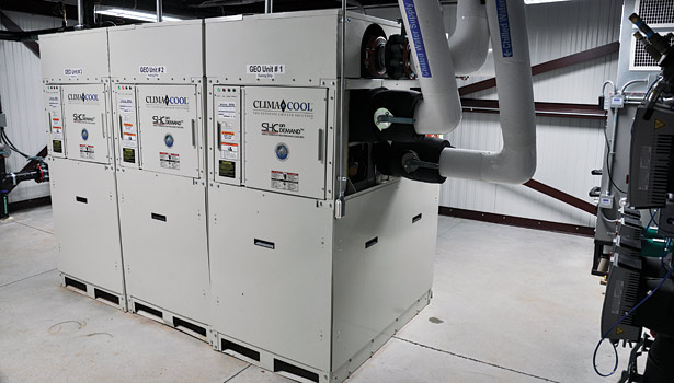 Three six-pipe ClimaCool SHC onDEMAND modular chiller units were installed.