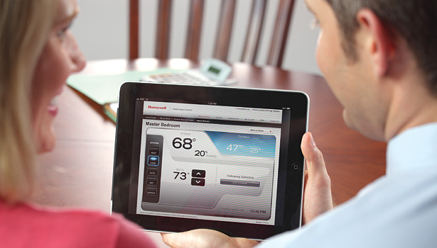 Regardless of the economy, manufacturers expect connected thermostats and HVAC systems to experience tremendous growth in 2014. (Photo courtesy of Honeywell.)