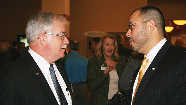 (Left) Mike Marks, managing partner at Indian River Consulting Group, and Talbot Gee, executive vice president and COO of Heating, Air-conditioning, and Refrigeration Distributors International (HARDI), converse at the opening reception.