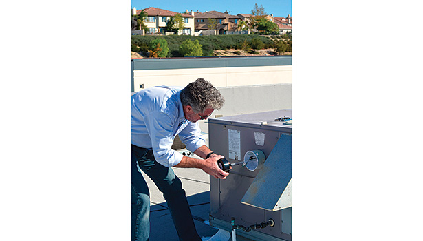 Replacing a single-ended lamp in a rooftop unit should be relatively simple.