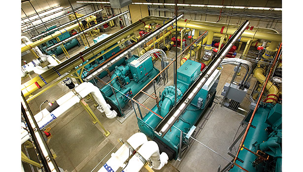 York centrifugal chillers with variable-speed drives from Johnson Controls help RagingWire Enterprise Solutions, a data center in Sacramento, California, save energy.