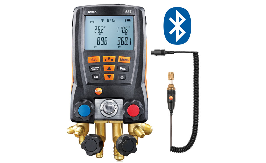 Testo's 557 Digital Manifold with remove vacuum probe and Bluetooth automatically selects the evacuation mode as soon as the user connects the vacuum probe.