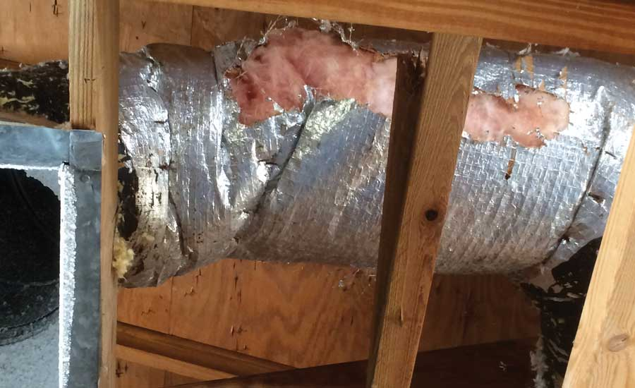 Damaged duct which reduces energy efficiendy.