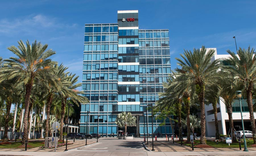 Harbour-Centeure-at-Aventura-Office-Compex.jpg