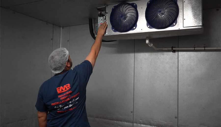 Restaurant refrigeration maintenance